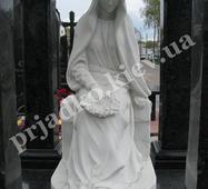Мармурова скульптура Божої Матері
