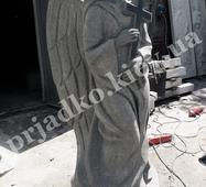 Ритуальна статуя янгола з граніту