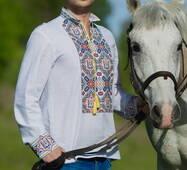 Вишиванка чоловіча з Гербом України, модель М20-21