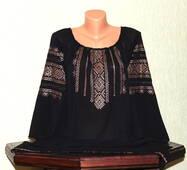 Блуза жіноча вишита ручної роботи на чорному шифоні