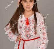 Вышитая рубашка для девочки Орнамент