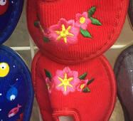 Дитячі тапочки оптом 13-17,5 квіточок червоних