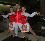 """Танцювальні костюми в """"українському стилі"""" під замовлення"""