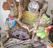 """Декоративний фонтан """"ведмедика на скелях"""" з підсвічуванням"""