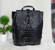 Кожаная женская сумка-рюкзак трансформер.