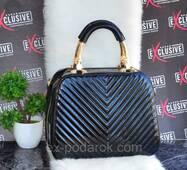 Женская сумка саквояж черная.