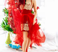 Платье с вышивкой золотыми нитями (красный, вышивка - золотистый)