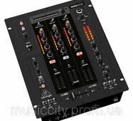 Микшер для DJ Behringer NOX 303