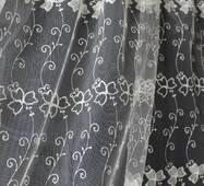 Біла гардина в спальну метелики купити в Україні