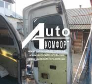 Заднє скло (відкривне праве) з електрообігрівом на Hyundai H-1 I (H-200) (97-07) (Хюндай H-1 I (H-200) (97-07)