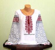 Жіноча сорочка, вишита старовинним взором