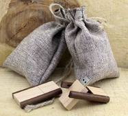 Деревянная флешка Раскладушка