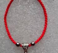 Червона нитка оберіг натуральний камінь Рожевий Кварц 10 мм