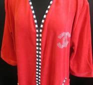 Зручні однотонні халати для жінок.