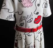 Дитячі сукні з коротким рукавом .