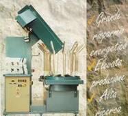 Формировочные полуавтоматы Muchetti & Maffetti для влажно-тепловой обработки чулочно-носочных изделий