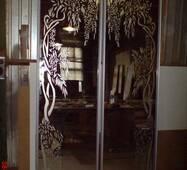 Зеркало-дверь для шкафа-купе