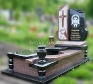Одинарний гранітний пам'ятник №44 купити в Луцьку