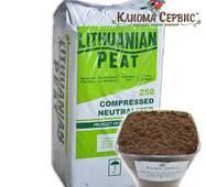"""Торф """"Lithuanian peat"""", що розкислює (нейтральний), в мішках по 250 л., 5.5-6.5 Ph, фракція 0-20 мм"""