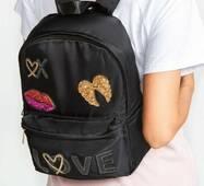 Рюкзак з нашивками