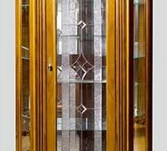 Угловая витрина Элеонора из масива дуба