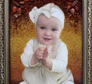 Портрет ребенка из янтаря