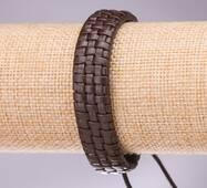 Браслет мужской экокожа на затяжке коричневый