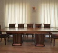 Конференц стіл Колізей з масиву дерева