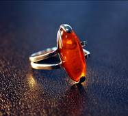 "Кольцо из янтаря ""Звездное"""