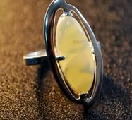 """Кольцо из янтаря """"Гобой"""""""