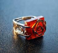 """Кольцо из янтаря """"Розалия"""""""