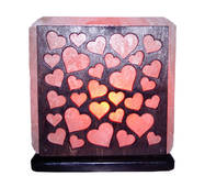 """Соляной светильник с деревянными элементами цветной """"Сердечки"""" (3-4 кг) """"Saltlamp"""""""