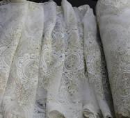 Нарядная тюль корона с камнями, красивая вышивка со стразами