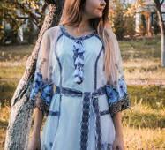 Сучасна сукня вишиванка під замовлення