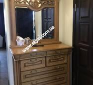Комод с зеркалом Эдельвейс из массива дуба