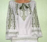вишиванка жіноча на сірому полотні з тороками