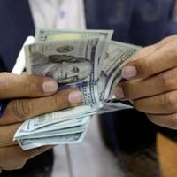 investory-v-mae-vyveli-iz-ukrainy-180-millionov-dollarov