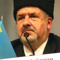 leader-of-crimean-tatars-labeled-extremist--banned-from-home