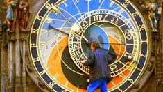 Самые удивительные башенные часы в городах мира