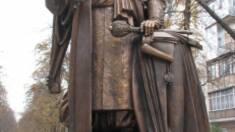 Современный способ сохранить историю: монументальная скульптура