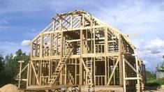 Frame houses. Why it's worth to choose them for building.