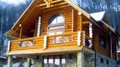 """Дерев'яний будинок під ключ – доступна реальність з компанією """"Хата-Зруб""""!"""