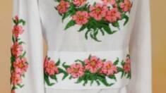 Вишивка бісером на одязі: модна класика чи класика в моді?