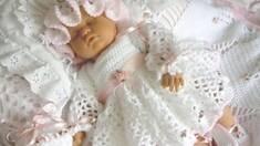 Костюм на выписку для новорожденного : топ-3 лучших марки детской одежды!
