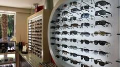 Як вибрати обладнання для магазину оптики