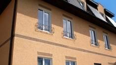 Оздоблення фасаду короїдом: особливості й переваги