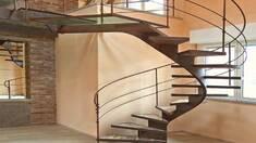 Монтаж сходів та переваги встановлення професіоналами