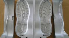 Ливарні прес форми — міцність та легкість виготовленого взуття!