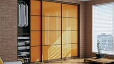 Який буває механізм для розсувних дверей шафи-купе?