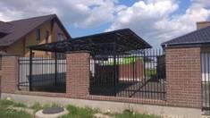 Супер новина! Тепер цегляний паркан з ковкою можна замовити і в Києві!